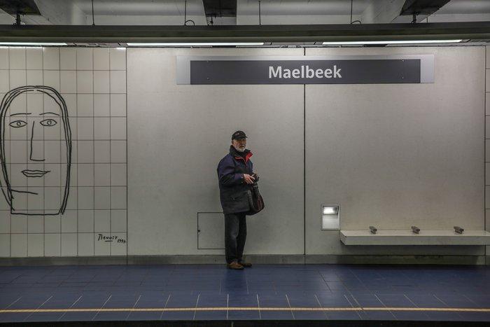 Συγκινητικές εικόνες:Ανοίγει ξανά ο σταθμός Μάλμπεκ μετά τις επιθέσεις - εικόνα 4