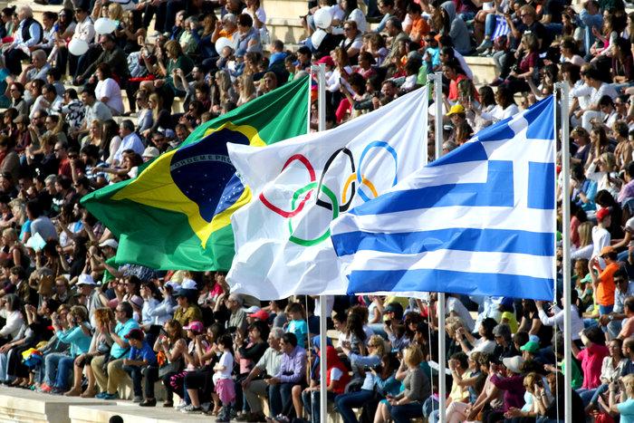 Η Ολυμπιακή Φλόγα ξεκίνησε το ταξίδι της για Ρίο [εικόνες] - εικόνα 5