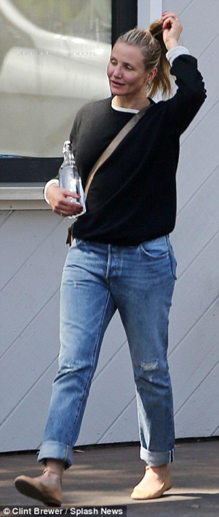 H απογοητευτική εμφάνιση της Κάμερον Ντίαζ στον δρόμο χωρίς μακιγιάζ - εικόνα 3