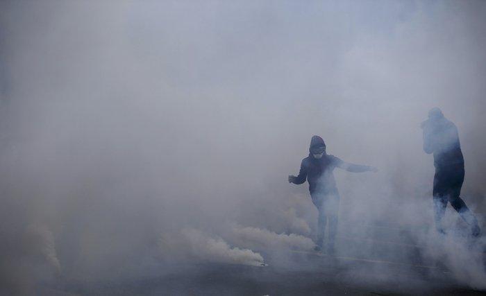 Ξύλο και συλλήψεις σε νέες διαδηλώσεις στη Γαλλία για τα εργασιακά