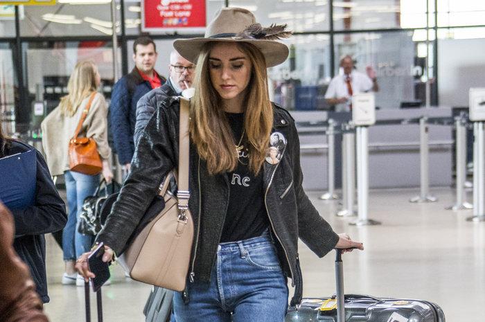 Τι φοράει όταν... «πετάει» η No1 fashion blogger στον κόσμο; - εικόνα 6