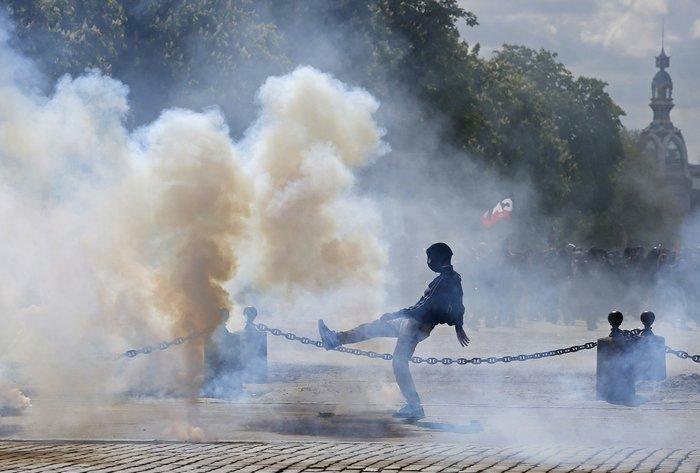 Παρίσι: Νέα επεισόδια & συλλήψεις στις Νύχτες Αγρύπνιας - εικόνα 4
