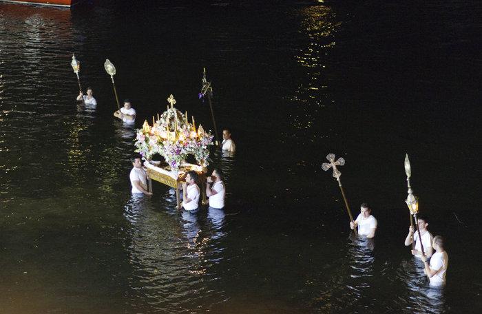 Μεγάλη Παρασκευή :Το μεγάλο πένθος της Χριστιανοσύνης