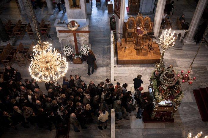 Μεγάλη Παρασκευή :Το μεγάλο πένθος της Χριστιανοσύνης - εικόνα 3