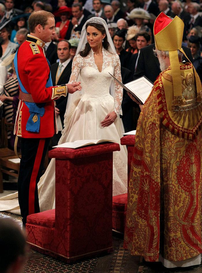 Σαν σήμερα 5 χρόνια πριν: Ο παραμυθένιος βασιλικός γάμος Γουίλιαμ - Κέιτ - εικόνα 4