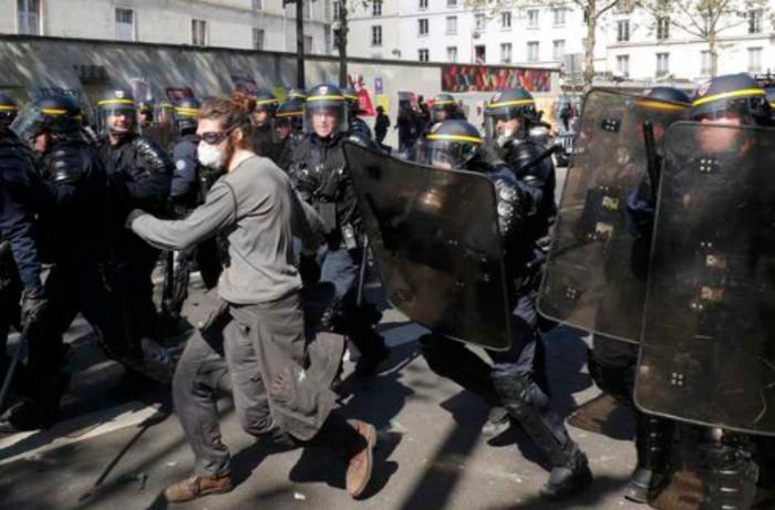 Ματωμένη Πρωτομαγιά στην Τουρκία, ένταση στο Παρίσι - εικόνα 4