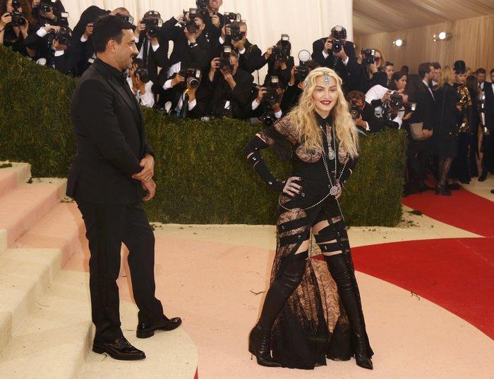 Η εμφάνιση της Madonna στο Met Gala. Γιατί μπορεί...