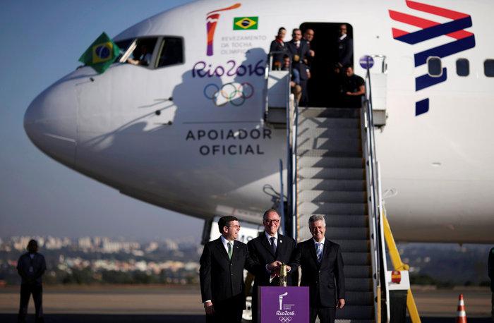 Στη Βραζιλία έφτασε η Ολυμπιακή φλόγα από τη Γενεύη