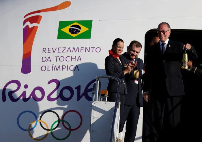 Στη Βραζιλία έφτασε η Ολυμπιακή φλόγα από τη Γενεύη - εικόνα 2