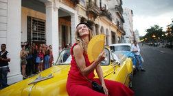 Η Ζιζέλ στα catwalk της Αβάνας. Iστορική επίδειξη της Chanel