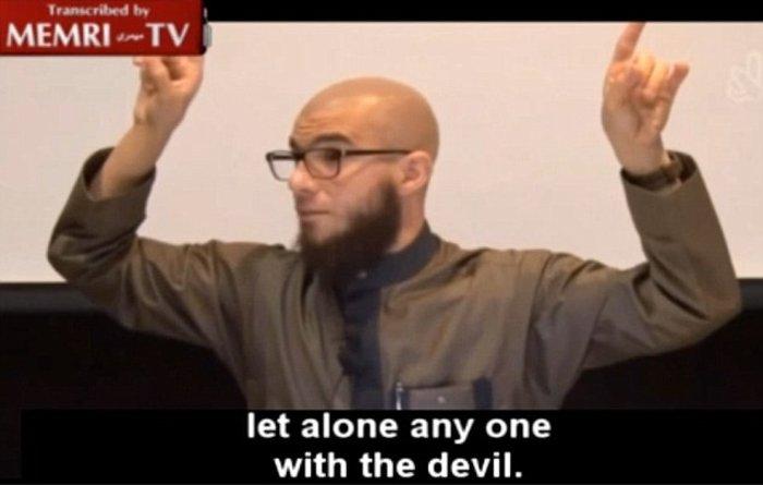 Μουσουλμάνος κληρικός απαγορεύει... emoji ! - εικόνα 3