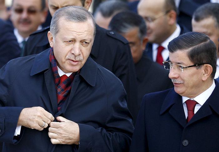 Ο Ταγίπ Ερντογάν με τον Αχμέτ Νταβούτογλου