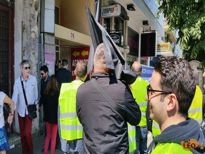 Διαμαρτυρία αστυνομικών έξω από τα γραφεία του ΣΥΡΙΖΑ στη Θεσσαλονίκη - εικόνα 3
