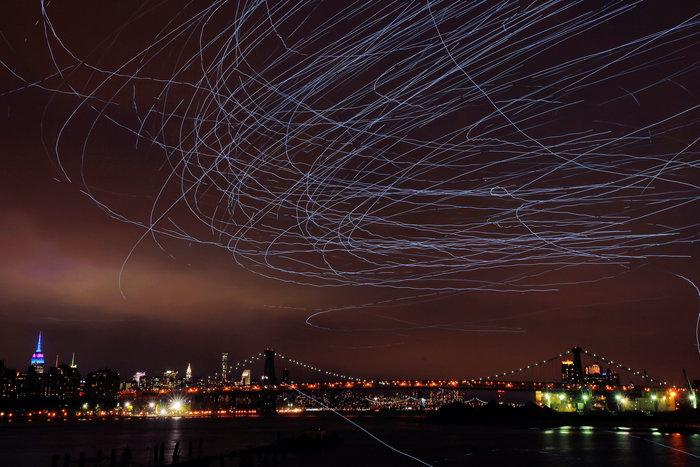 Ο ουρανός του Μπρούκλιν φωτίστηκε από... περιστέρια - εικόνα 2