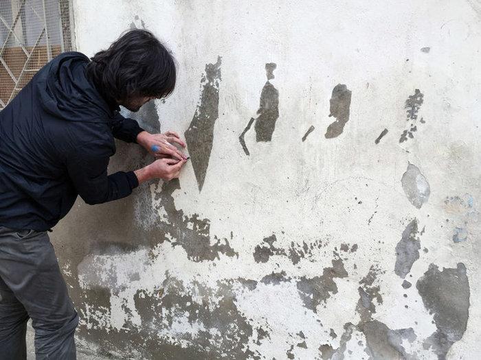 Οι τοίχοι ενός στρατοπέδου γίνονται έργο τέχνης φωτό - εικόνα 6