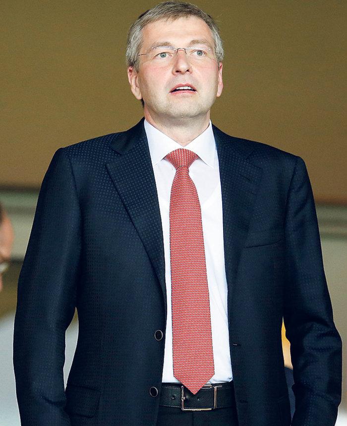 Κυβερνητικό ρουσφέτι στον Σκορπιό για τον Ριμπολόβλεφ