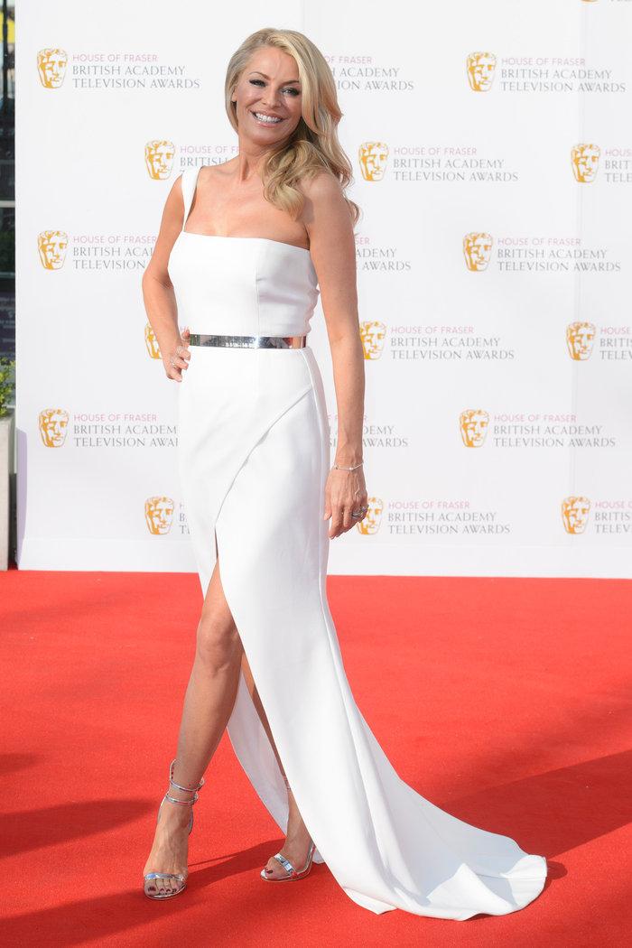 Βραβεία BAFTA TV 2016 με λάμψη στο κόκκινο χαλί