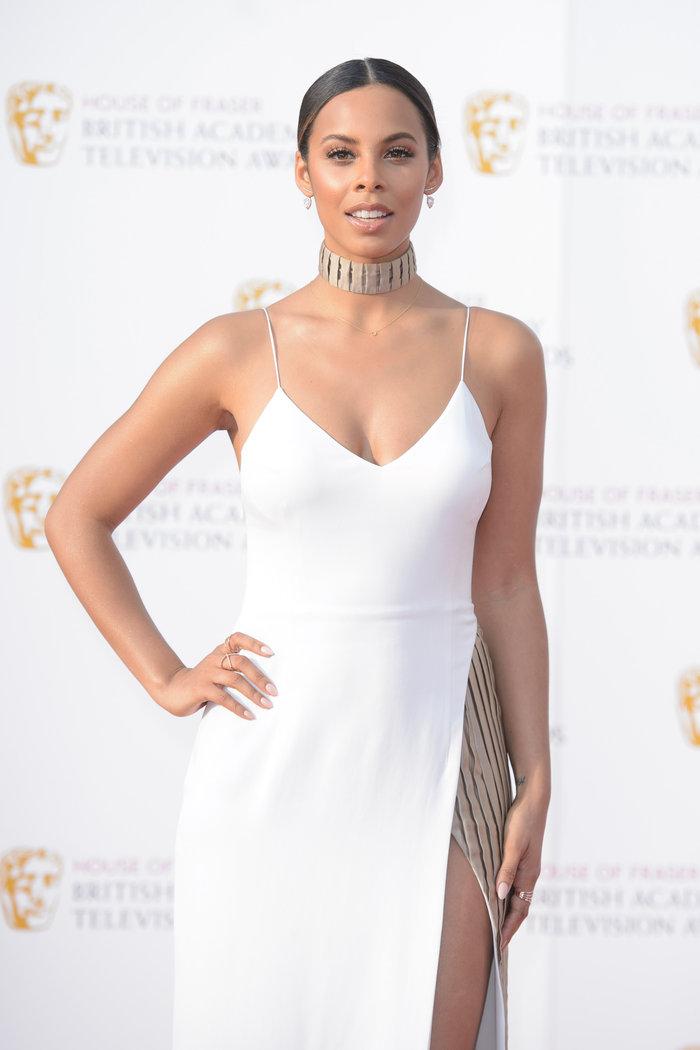 Βραβεία BAFTA TV 2016 με λάμψη στο κόκκινο χαλί - εικόνα 2