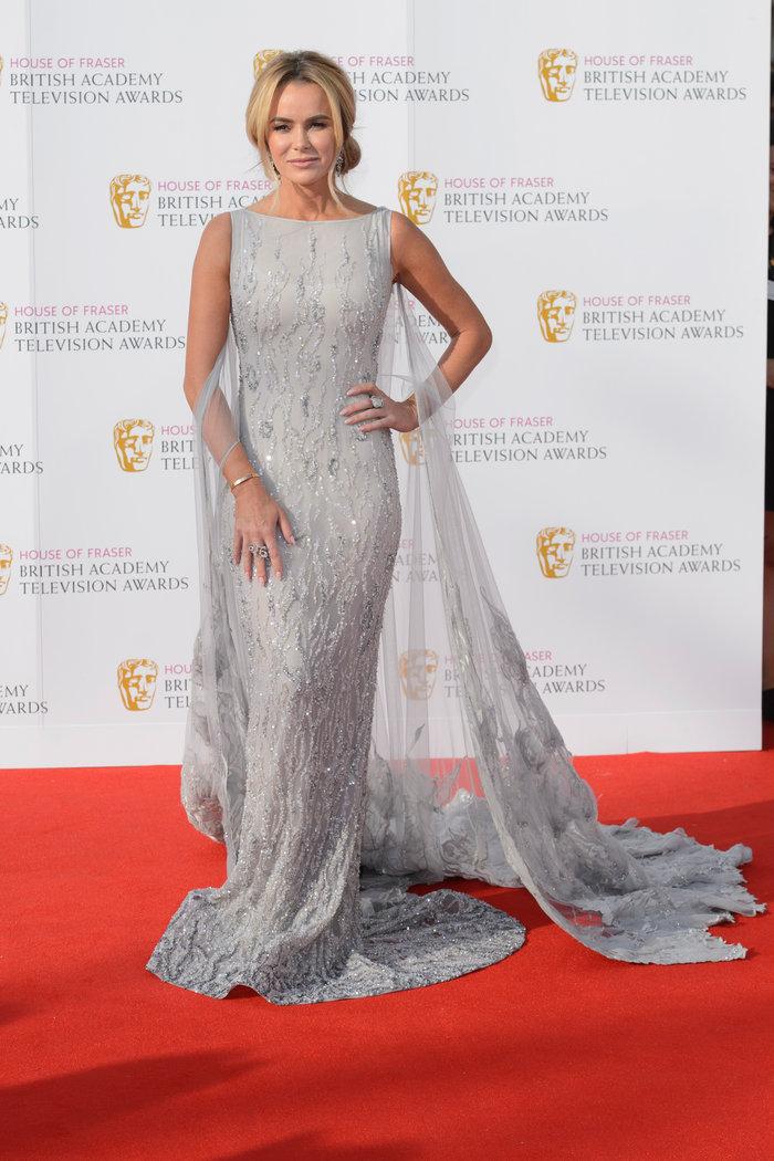 Βραβεία BAFTA TV 2016 με λάμψη στο κόκκινο χαλί - εικόνα 3