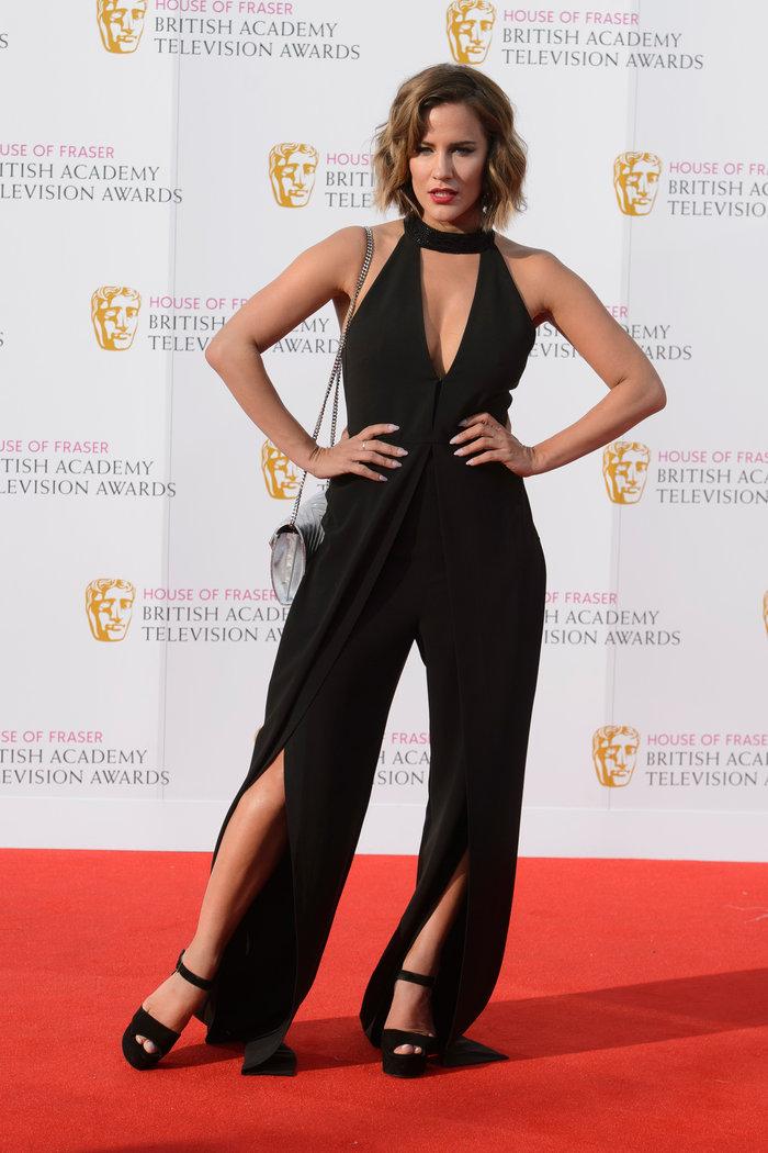 Βραβεία BAFTA TV 2016 με λάμψη στο κόκκινο χαλί - εικόνα 7