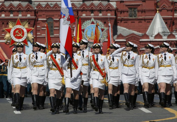 Η μεγαλειώδης παρέλαση στην Κόκκινη Πλατεία για τη νίκη επί των ναζί - εικόνα 12