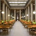 sta-aduta-tis-gnwsis16-uperoxes-bibliothikes-stin-athina