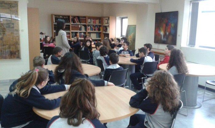 Στα άδυτα της γνώσης:16 υπέροχες βιβλιοθήκες στην Αθήνα - εικόνα 18