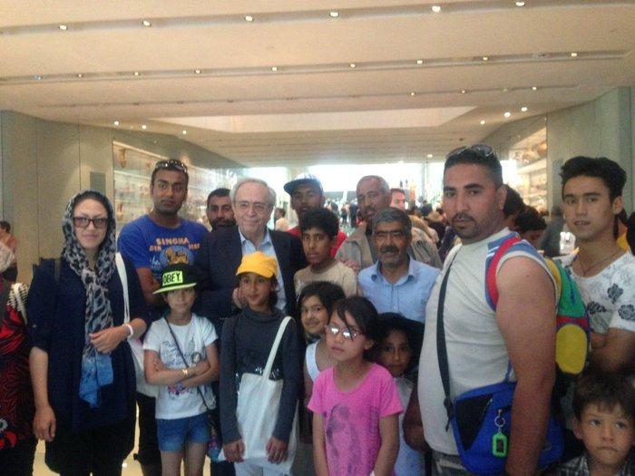 Τι έγινε με τον υπουργό Πολιτισμού και τους πρόσφυγες στην Ακρόπολη; - εικόνα 3