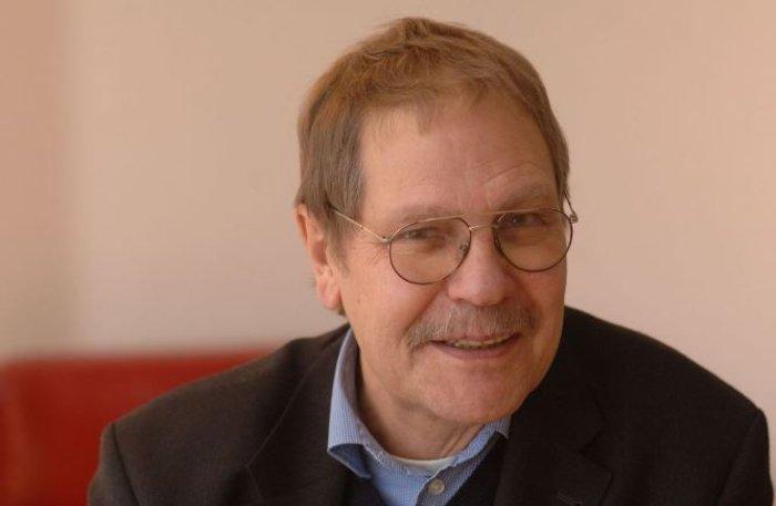 Claus Offe: H οικονομική κρίση, το προσφυγικό και οι «δύο Ευρώπες»