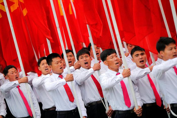 Αποθεώθηκε ο Κιμ Γιονγκ Ουν στο συνέδριο του κόμματος - εικόνα 4