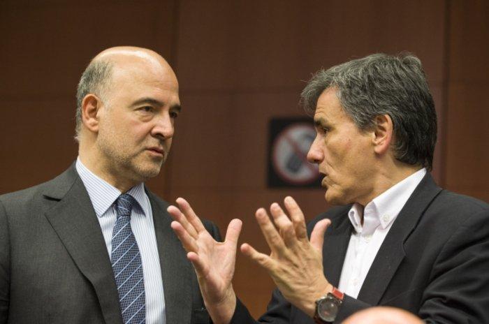 Ευκλείδης Τσακαλώτος και Πιερ Μοσκοβισί στη συνεδρίαση του Eurogroup