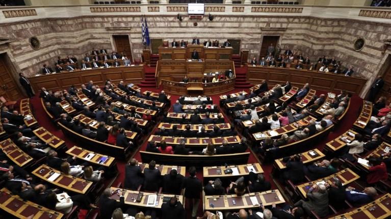 sti-dimosiotita-ta-pothen-esxes-twn-politikwn-alla-tou-2012