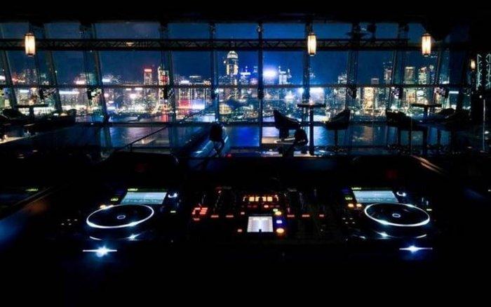 Τα πιο εντυπωσιακά rooftop bars για το 2016 - εικόνα 6
