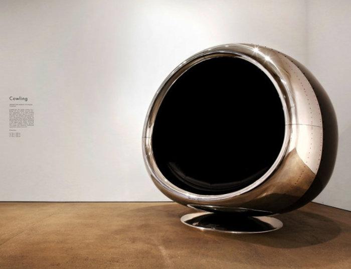 Αυτή η καρέκλα είναι φτιαγμένη από ανακυκλωμένο κινητήρα αεροπλάνου Boeing - εικόνα 2