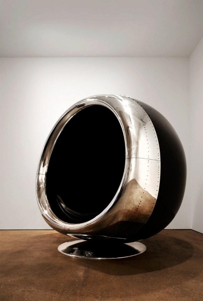 Αυτή η καρέκλα είναι φτιαγμένη από ανακυκλωμένο κινητήρα αεροπλάνου Boeing - εικόνα 4