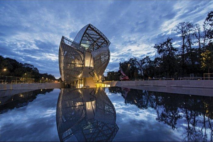 Ένα μεγάλο μουσείο ανοίγει στο Παρίσι και άλλες ιστορίες με σκάνδαλα - εικόνα 8