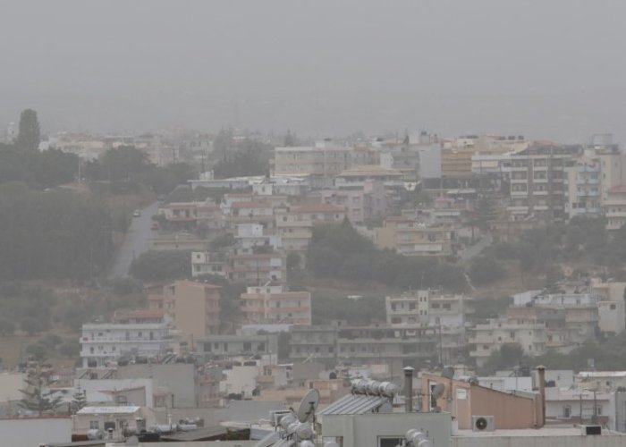 «Χάθηκε» το Ηράκλειο από την αφρικανική σκόνη - εικόνα 3