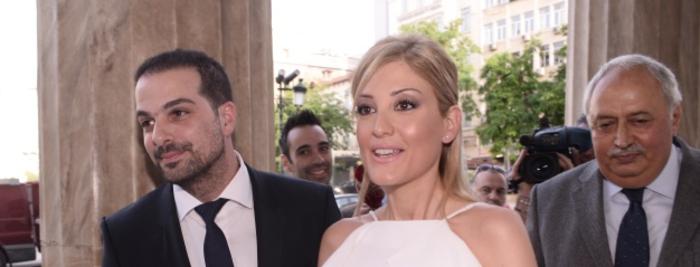 Παντρεύτηκαν Ράνια Τζίμα-Γαβριήλ Σακελλαρίδης στο δημαρχείο της Αθήνας