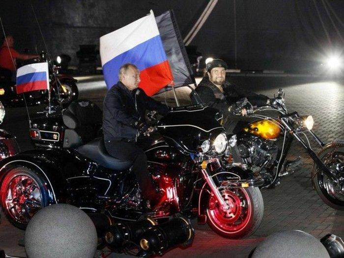 Οι «Λύκοι της νύχτας» του Πούτιν στο Άγιο Ορος - εικόνα 4
