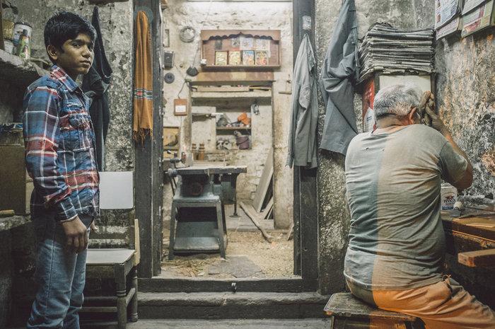Τα προσφυγόπουλα ράβουν στα εργοστάσια της Τουρκίας - εικόνα 3