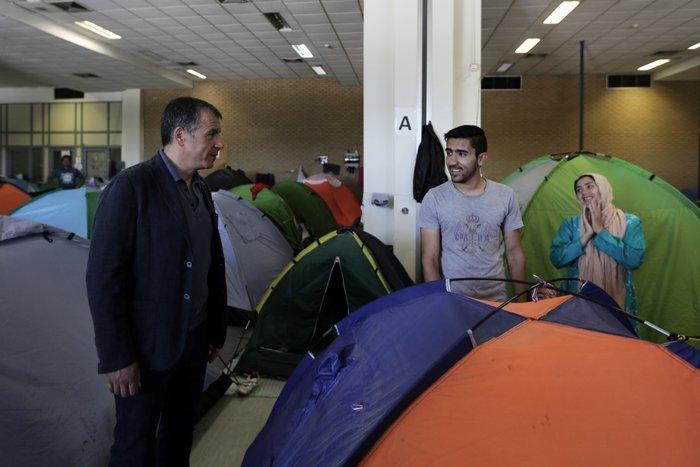 Θεοδωράκης: Το γκέτο του Ελληνικού προσβάλει τη χώρα και τους προσφυγες - εικόνα 7