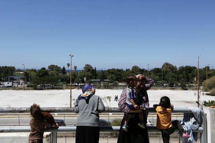 Θεοδωράκης: Το γκέτο του Ελληνικού προσβάλει τη χώρα και τους προσφυγες - εικόνα 8