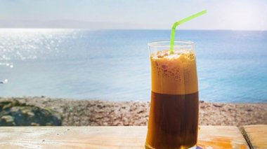 how-to-make-frappe-video-me-odigies-gia-touristes