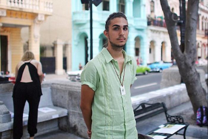 Ο εγγονός του Φιντέλ Κάστρο που προτιμά το μόντελινγκ από την επανάσταση - εικόνα 5