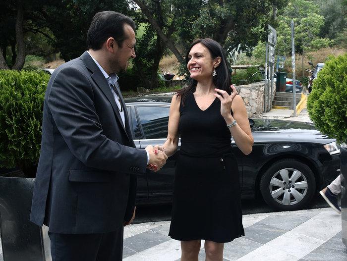 Η πρέσβειρα της Αργεντινής που «έκλεψε» το ενδιαφέρον του Ν. Παππά - εικόνα 2