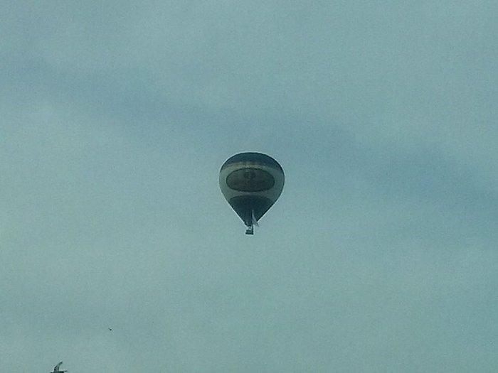 Έφτασε με το αερόστατο στη Θεσσαλονίκη ο Ηλίας Ψινάκης - εικόνα 4