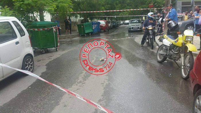 Μαφιόζικο χτύπημα με πυροβολισμούς έξω από σχολείο στη Θεσσαλονίκη