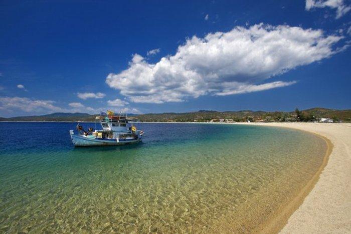 Το «άγνωστο» ελληνικό νησί που αποθεώνουν οι Τimes - εικόνα 2