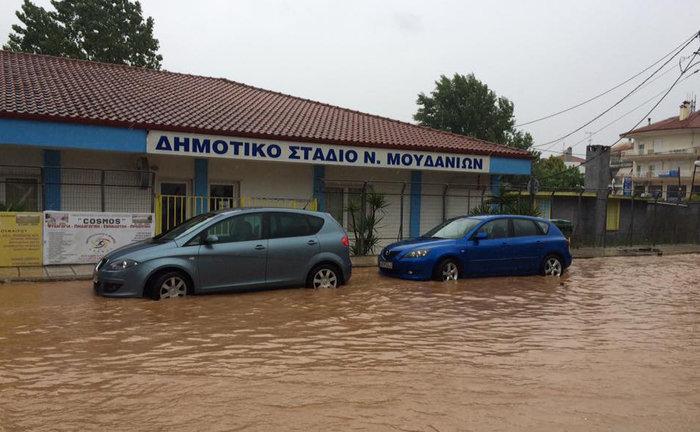 Η Πορταριά έγινε «Βενετία» - προβλήματα από τη βροχόπτωση σε όλη τη χώρα - εικόνα 2