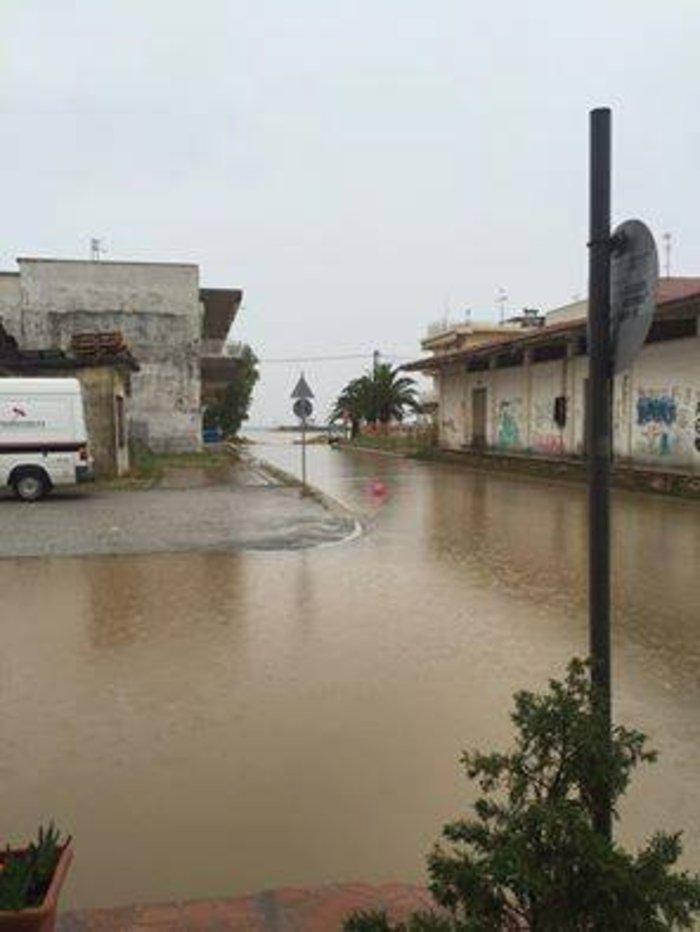 Η Πορταριά έγινε «Βενετία» - προβλήματα από τη βροχόπτωση σε όλη τη χώρα - εικόνα 4